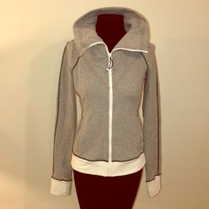 Lululemon Heathered Be Present Chevron Jacket 6